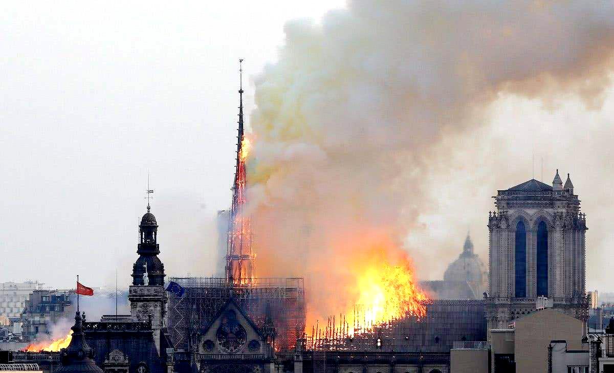 躲过两次世界大战的巴黎圣母院,这些事情你该知道